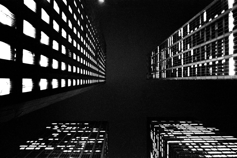 NIGHT+BUIDING-036-1500
