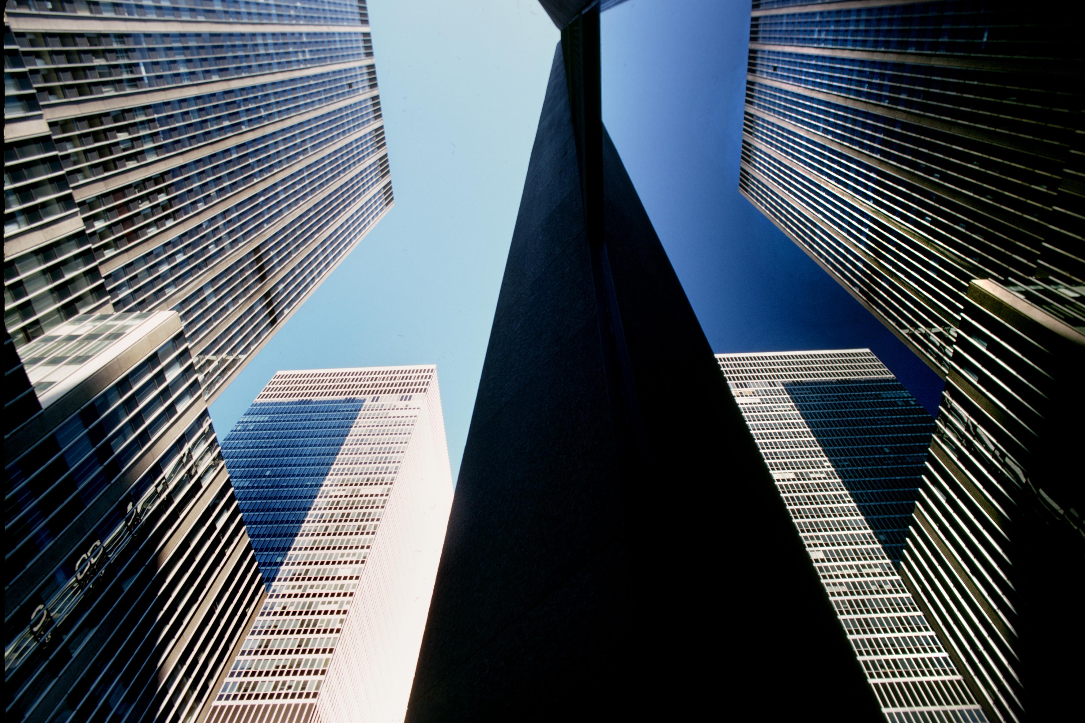 NY-building-02-20X30